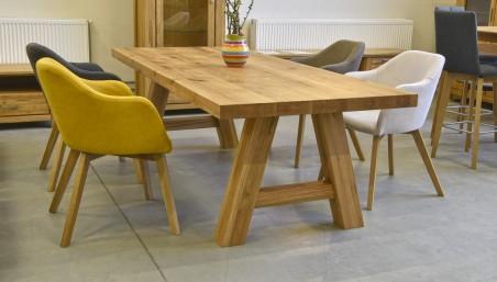Velký konferenční stolek