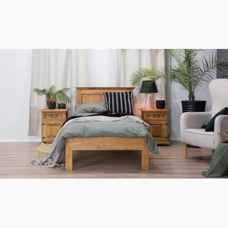 Dubová postel s úložným prostorem