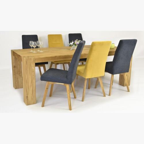 Velký stůl pro osm osob včetně židlí