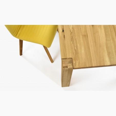 Dřevěná dubová komoda